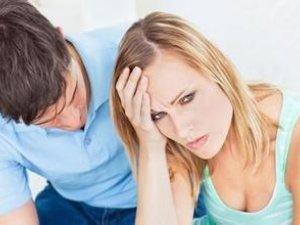 看A片能撐30分鐘,但和女友做到一半就軟掉,問題出在....