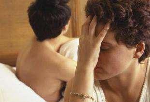「黑暗中嘴巴被硬塞...」人妻怕愛愛 只因20年前那一夜